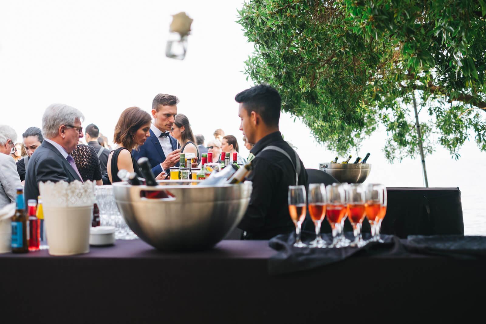 Camarero de catering para bodas en Tarragona