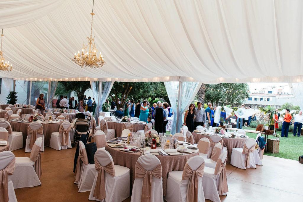 Carpa Casa Joan Miret preparada para una boda en Tarragona